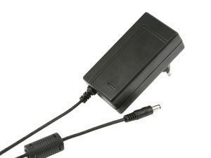 Stecker-Schaltnetzteil, 12V-/2A CP1220