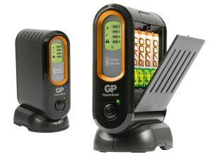 GP Ladegerät PowerBank V600D mit 4 NiMH-Akkus