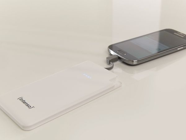 USB Powerbank INTENSO 7332522 Slim S5000, 5000 mAh, weiß - Produktbild 3