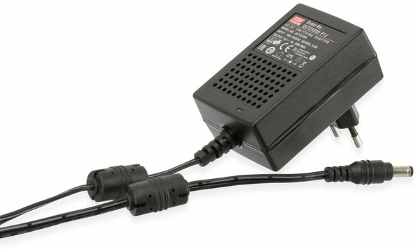 Steckernetzteil MEANWELL GST25E05 5V-/4 A