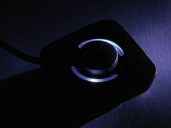 Steckdosenleiste mit Fußschalter DAYHOME SLK-F4-2/S, schwarz - Produktbild 3