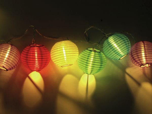 LED-Sommerlichterkette, 0,9W, Lampions, bunt - Produktbild 4