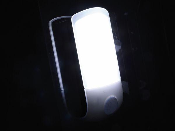 LED-Nachtlicht DAYLITE NL-84040 mit PIR, silber/schwarz - Produktbild 5
