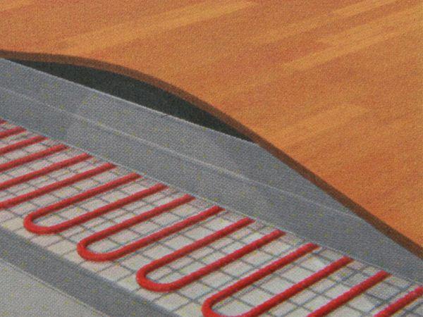 EVOline Plug mit 3-fach Steckdosenleiste - Produktbild 3