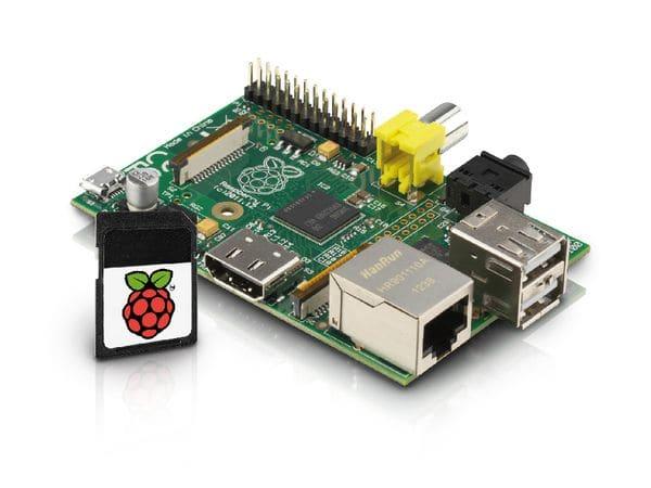 Raspberry Pi Model B mit 8 GB microSD-Karte und NOOBS