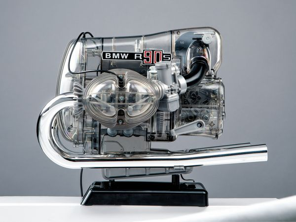 FRANZIS BMW R 90 S Boxermotor, Maßstab 1:2 - Produktbild 8