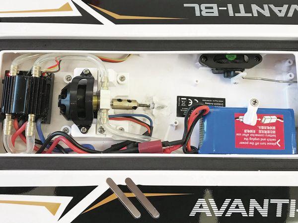 AVANTI-BL Brushless Rennboot RTR - Produktbild 5