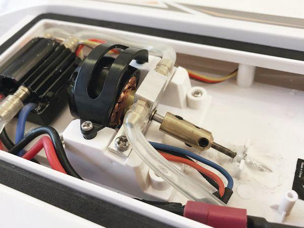 AVANTI-BL Brushless Rennboot RTR - Produktbild 6