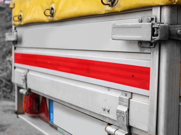 Reflektorband, rot, 2m, selbstklebend - Produktbild 2