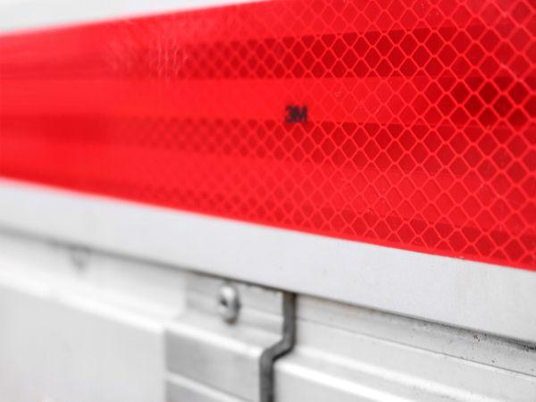 Reflektorband, rot, 2m, selbstklebend - Produktbild 4