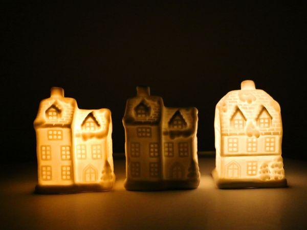 "LED-Häuschen Set ""Keramik"" weiß, 10cm, 3 Stück - Produktbild 2"